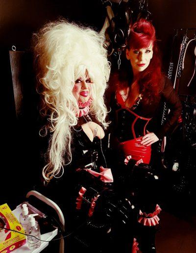 A Fetish drag queen at the mercy of #hants mistress MC